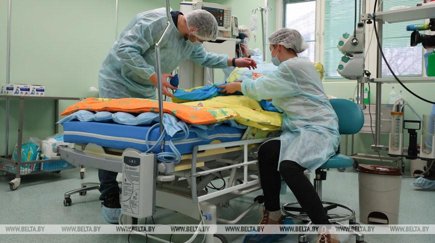 В Беларуси впервые спасли ребенка от тяжелой пневмонии при помощи аппарата ЭКМО