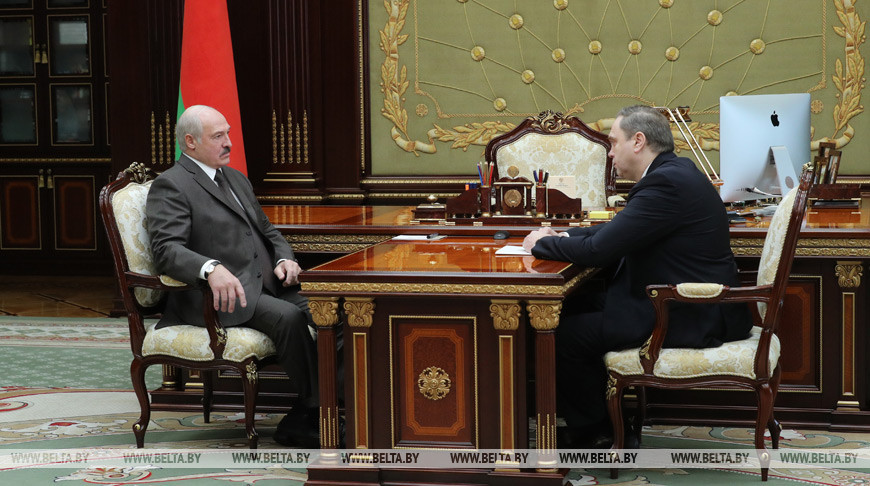 Лукашенко встретился с министром здравоохранения Беларуси