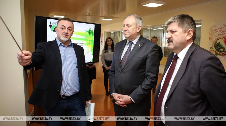 Румас посетил Туровский молочный комбинат