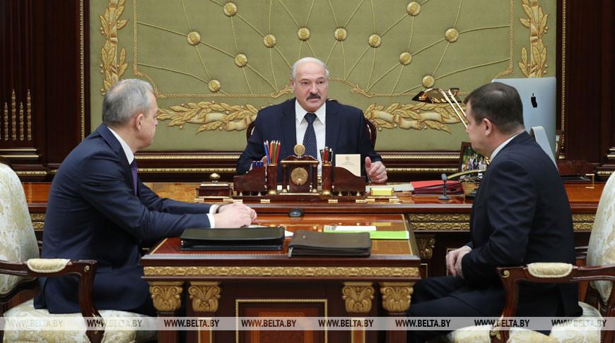 Лукашенко встретился с главой Администрации Президента и госсекретарем Совета безопасности