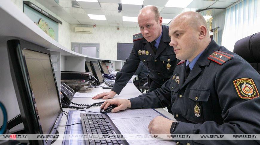 Около ста звонков ежедневно поступает на линию службы милиции 102 в Витебске