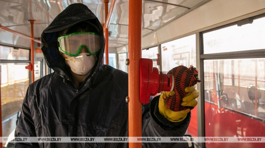 В Витебске усилили дезинфекцию общественного транспорта