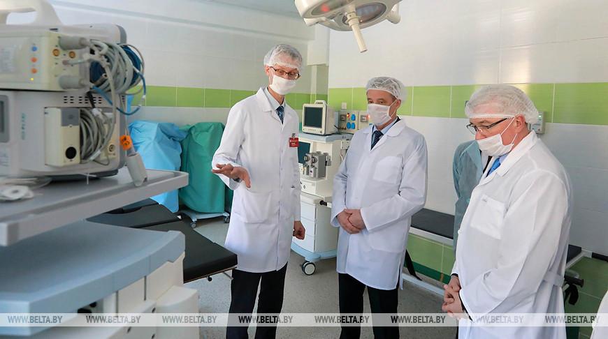Леонид Заяц посетил Могилевскую областную детскую больницу