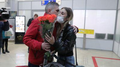 Самолет из Дубая с белорусами и иностранцами приземлился в Национальном аэропорту Минск