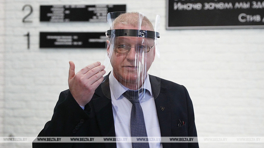 Защитные экраны для медиков создают на 3D-принтерах в технопарке ГрГУ им. Янки Купалы