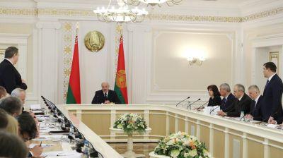 Лукашенко о пациентах в больницах: всех спасем, кого только можно, и для этого должны сделать все