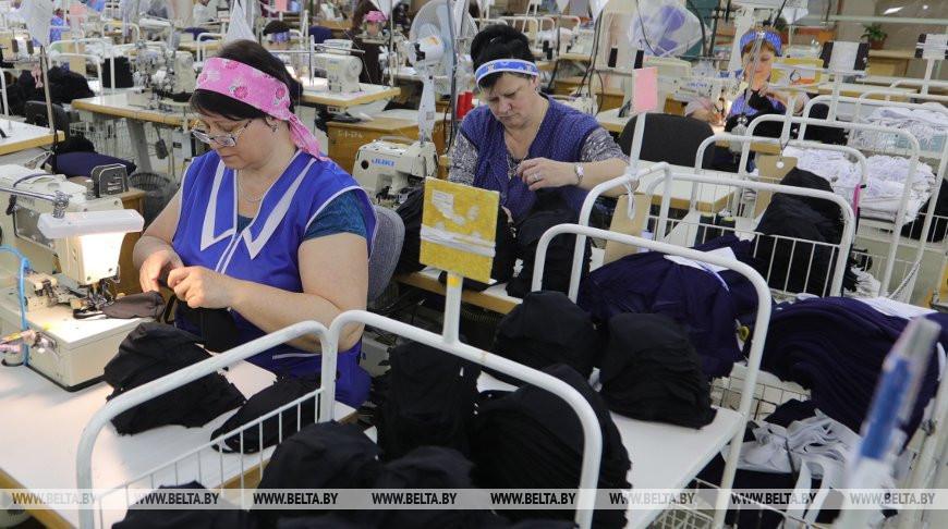 """ОАО """"Свiтанак"""" наладило серийный выпуск масок"""