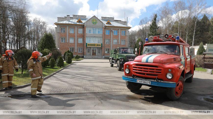 Сотрудники Могилевского лесхоза за три недели 22 раза выезжали тушить палы