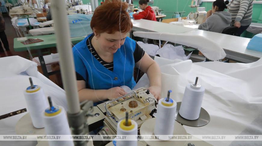 """""""Славянка"""" выпустила первую партию костюмов биологической защиты"""