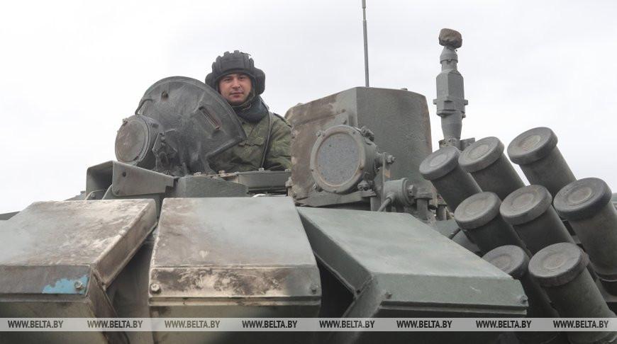 В параде к 75-летию Великой Победы примут участие более 180 единиц техники
