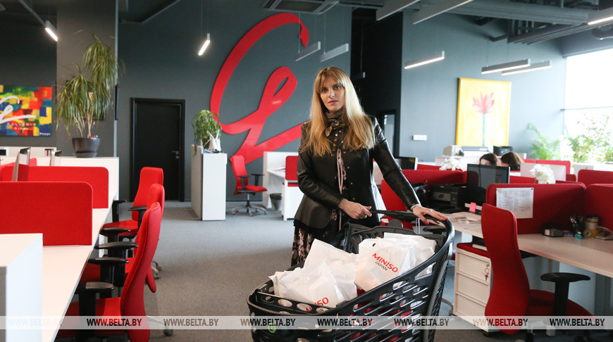 ТРЦ Galleria Minsk доставляет горячее питание сотрудникам 3-й подстанции скорой помощи