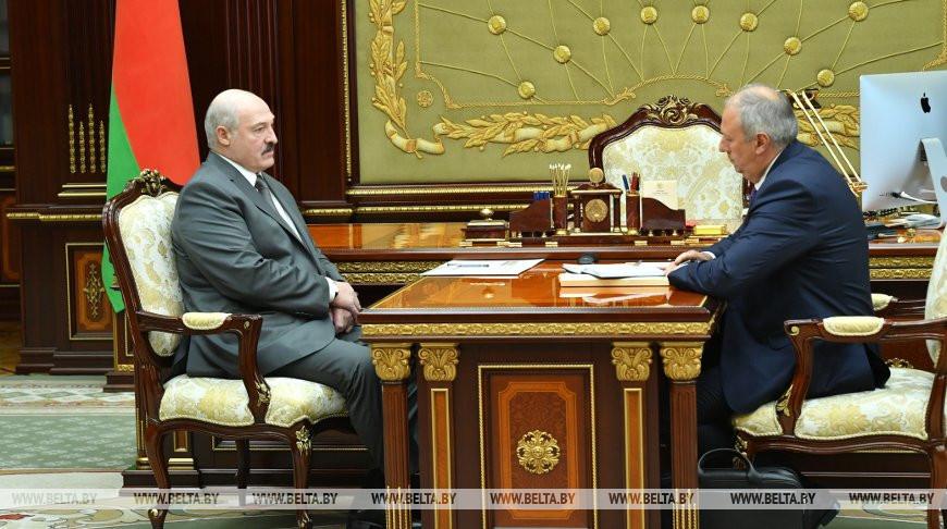 Лукашенко принял с докладом Румаса