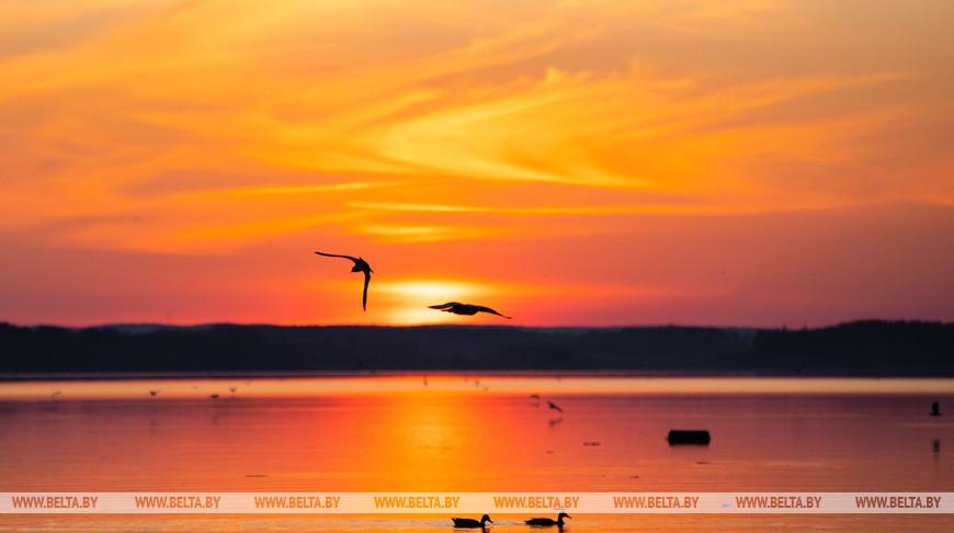 Закат над Минским морем