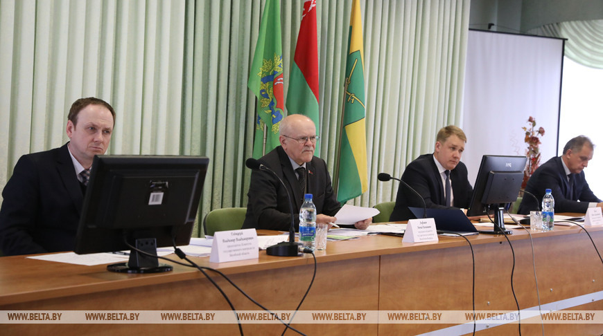 Анфимов принял участие в заседании Сенненского райисполкома