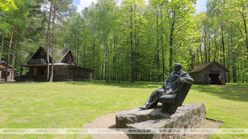 Музей-дача Янки Купалы в Левках