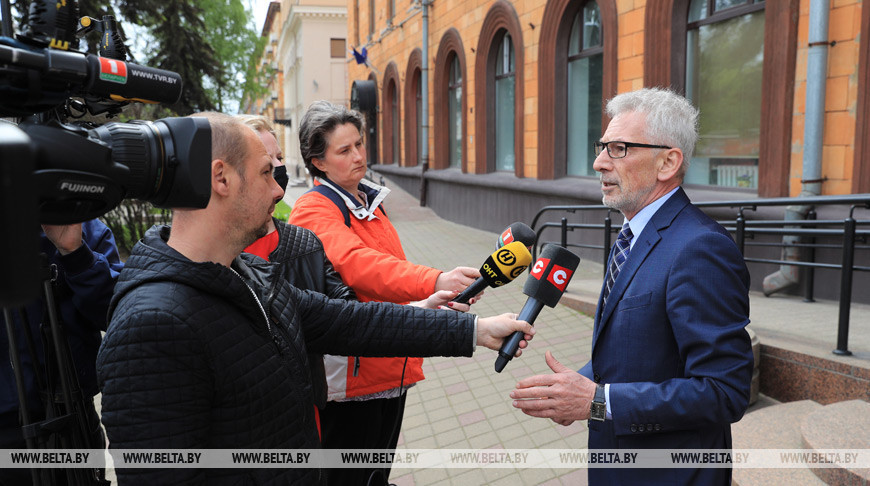 Болгария передала Беларуси гуманитарную помощь для борьбы с COVID-19