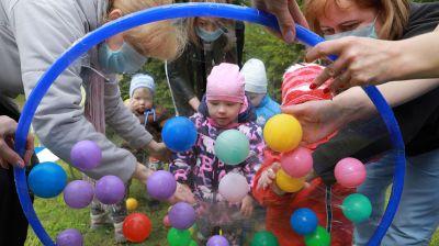 В Могилеве управление Департамента охраны МВД устроило праздник для воспитанников Дома ребенка