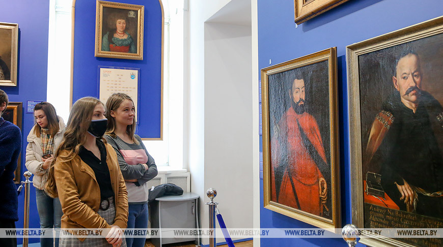 """Церемония открытия проекта """"Раритеты Национального исторического музея"""" прошла в Минске"""