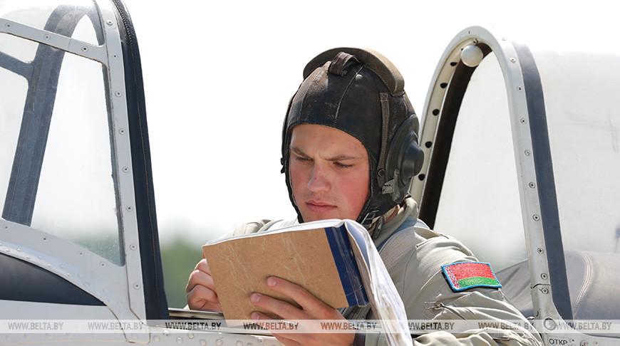 У курсантов авиационного факультета Военной академии проходит летная практика