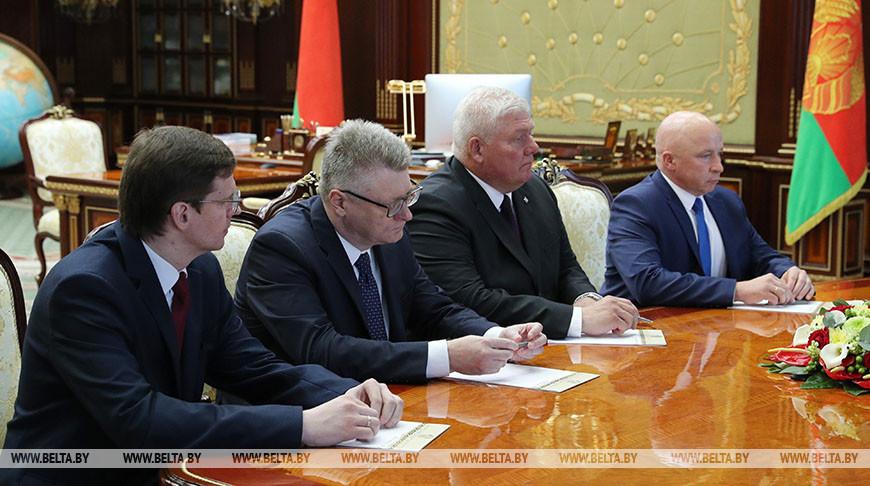 Лукашенко рассмотрел кадровые вопросы