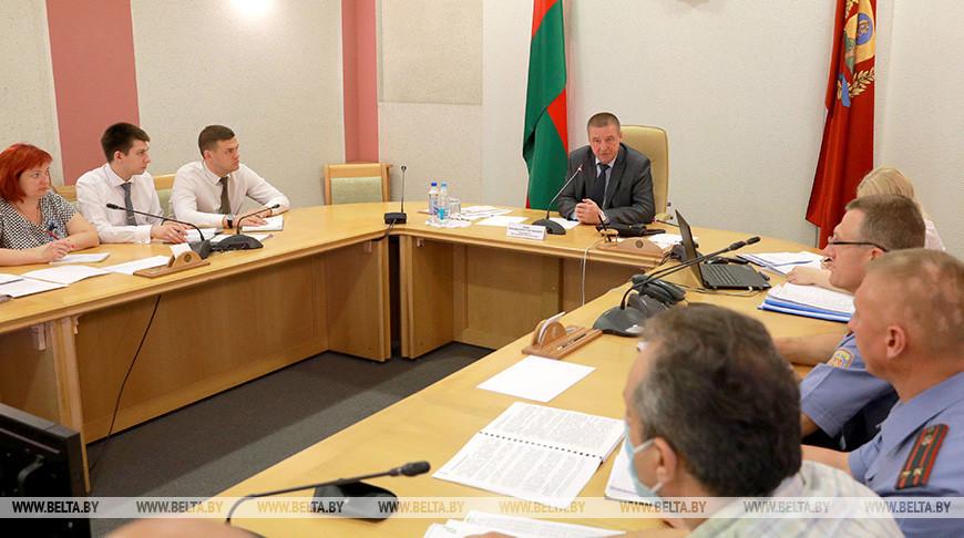 Председатель Могилевского облисполкома провел прямую телефонную линию по вопросам граждан