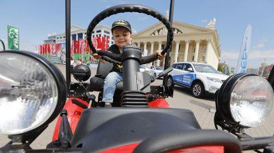 Выставка новейших образцов белорусского машиностроения проходит в Минске