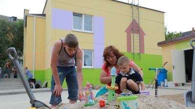 Приемная семья из Бобруйска готовится к переезду в новый дом