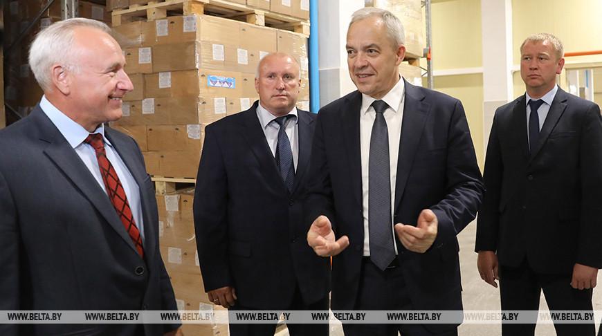 Сергеенко посетил Глубокский молочноконсервный комбинат