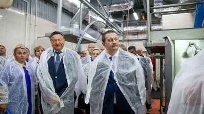 Турчин посетил скотоубойный пункт Копыльского кооппрома
