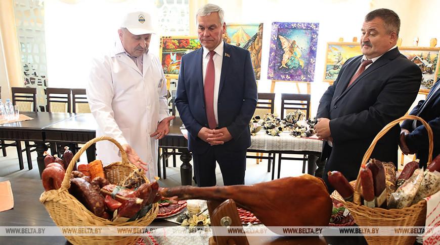 Андрейченко посетил Калинковичский мясокомбинат