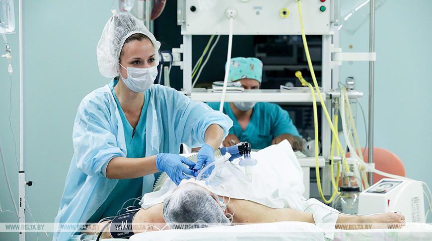 Белорусские медики провели сверхсложную операцию у пациента с опухолью внутри спинного мозга