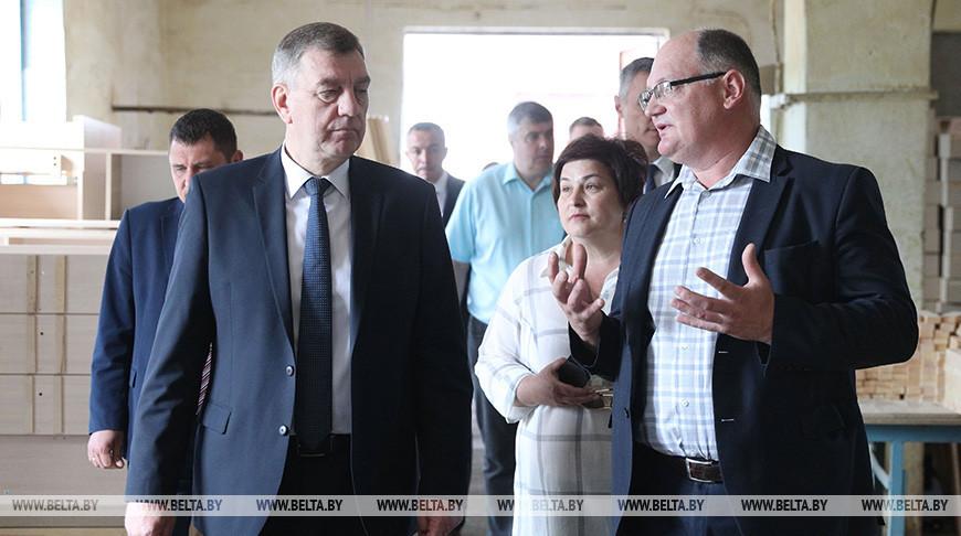 Заместитель премьер-министра Юрий Назаров совершил рабочую поездку в Лидский район