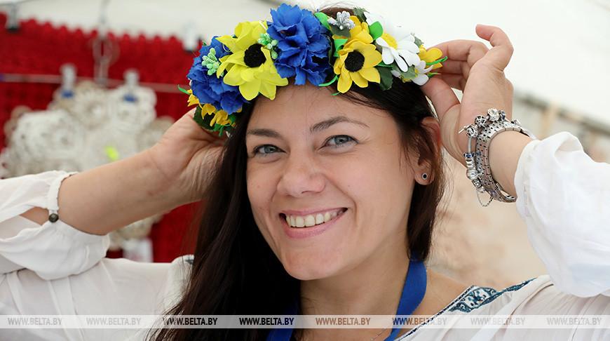 "Около 250 ремесленников представили свои изделия на ярмарке ""Задзвінскі кірмаш"""