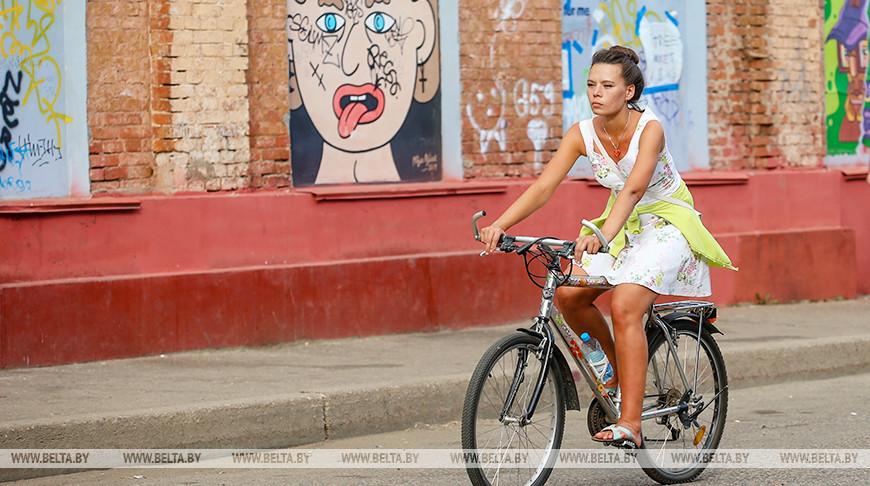 Октябрьская улица в Минске - популярное место отдыха у горожан