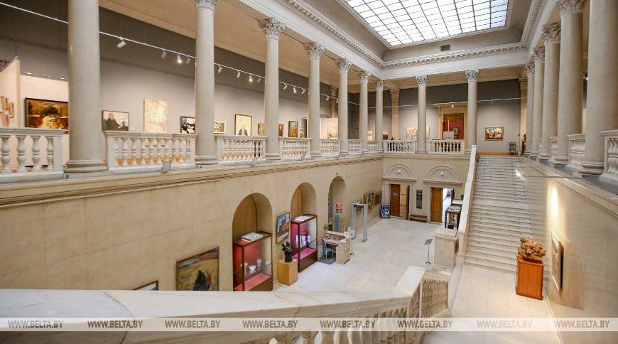 Крупнейшее собрание современного белорусского искусства находится в Национальном художественном музее