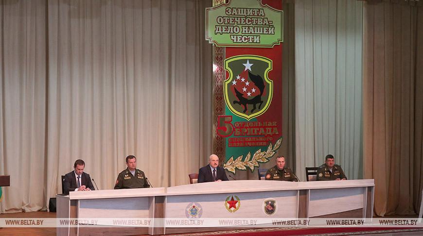 Лукашенко встретился со спецназовцами в Марьиной Горке