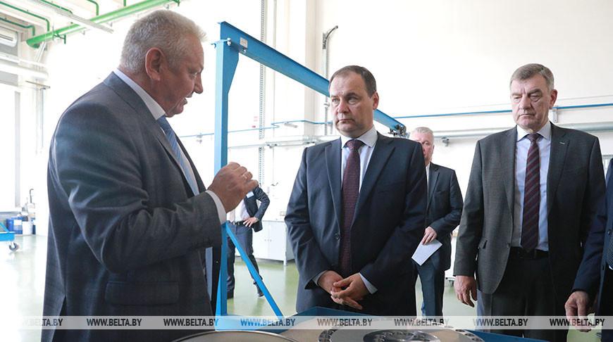 "Головченко посетил ""Могилевхимволокно"""