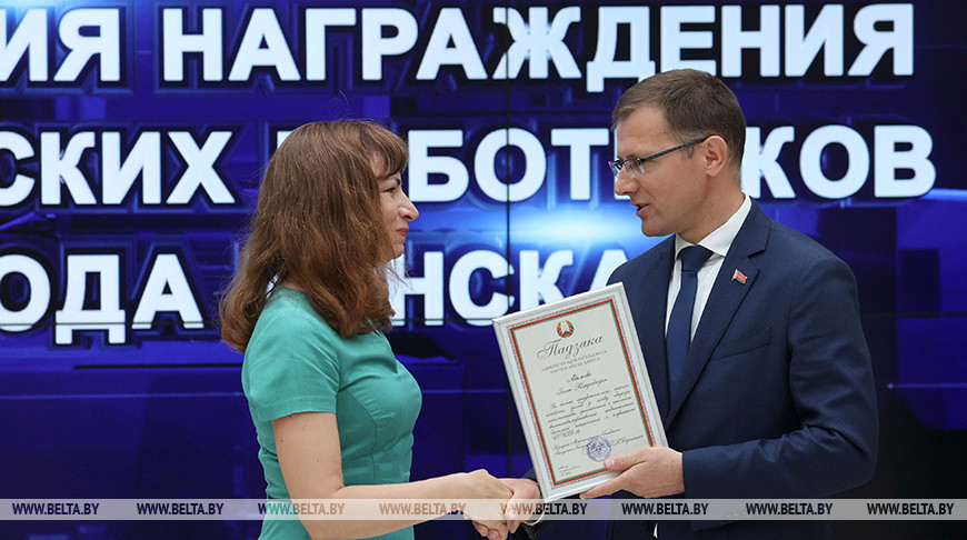 Более сотни медиков чествовали в Минске за вклад в борьбу с COVID-19