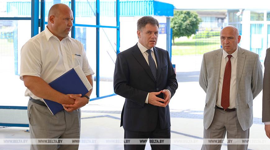 Петришенко посетил Республиканский центр олимпийской подготовки по игровым видам спорта