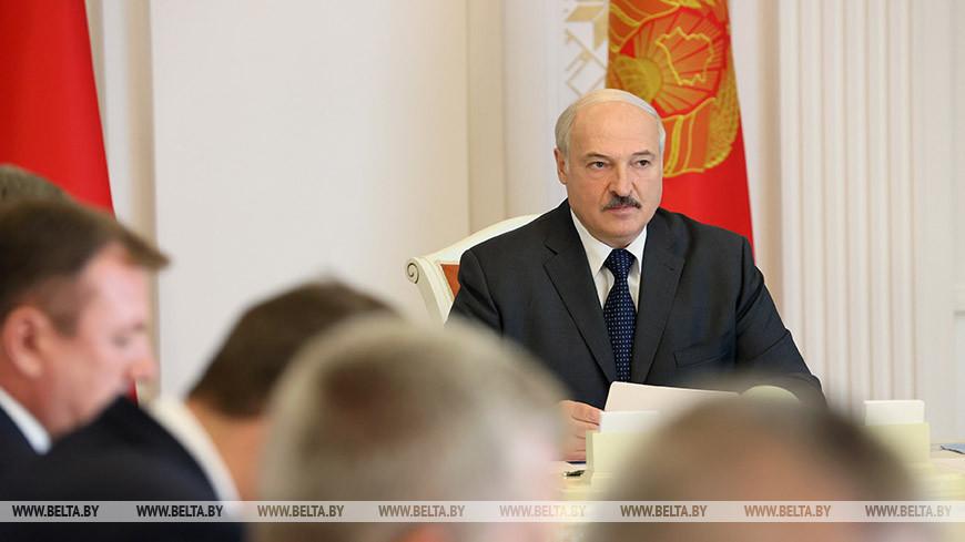 Лукашенко провел совещание по актуальным вопросам развития пищевой промышленности