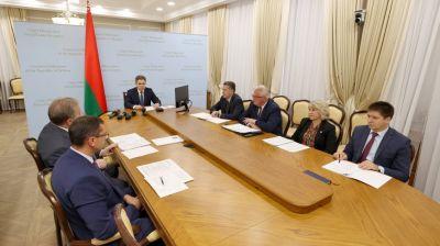 Петришенко провел совещание по вопросу подготовки учреждений образования к началу учебного года