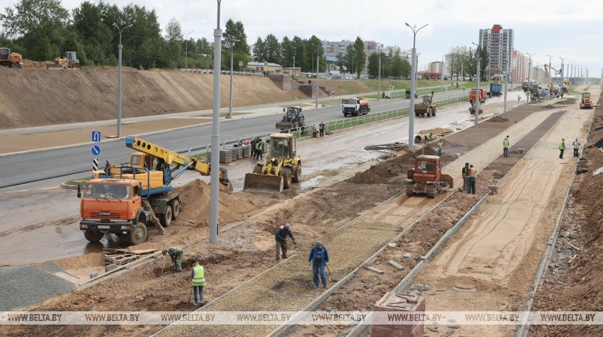 В Витебске завершают строительство новой дороги в микрорайон Билево