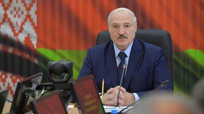 Лукашенко провел совещание в Центре стратегического управления в Министерстве обороны Беларуси
