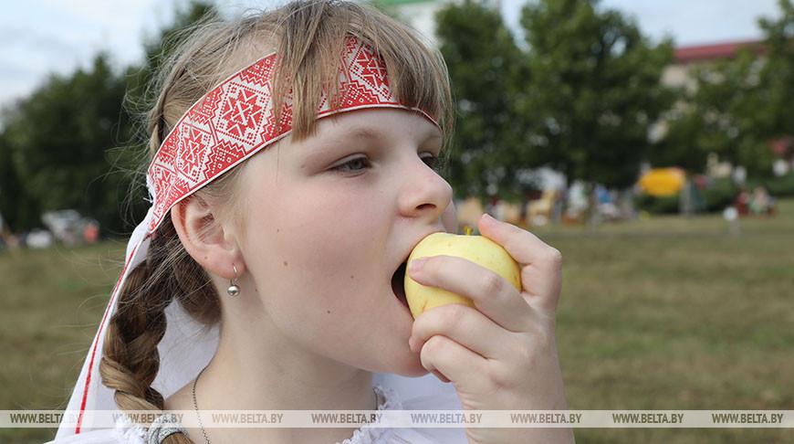 Яблочный Спас празднуют в Полоцке