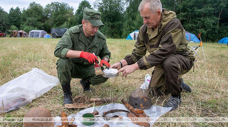 Фрагменты блиндажа и останки красноармейцев нашли в Витебском районе