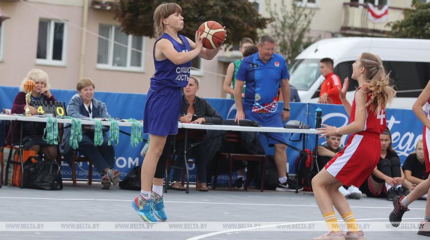 В Гродно прошли соревнования на первенство области по баскетболу 3х3