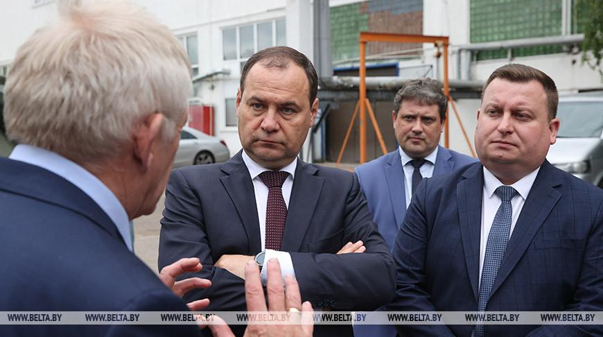 """Головченко посетил конструкторское бюро """"Дисплей"""""""