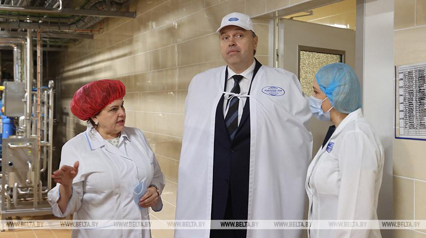 """Караник посетил ОАО """"Молочный мир"""""""