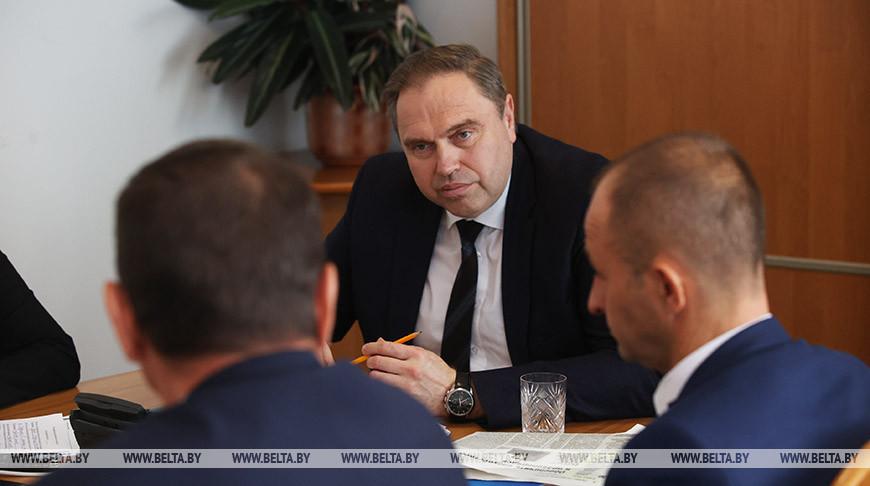 Владимир Караник провел прямую линию с жителеми Мостовского района