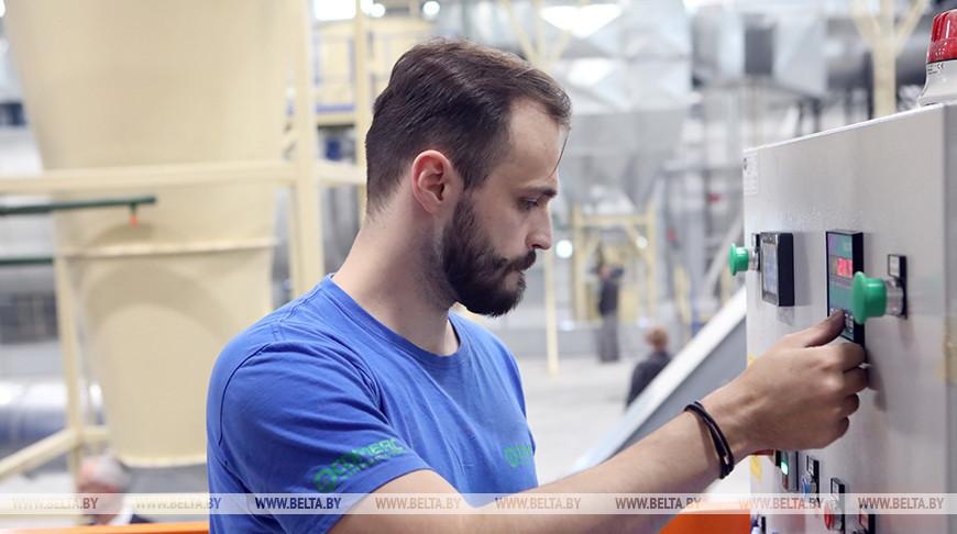Завод по производству топливных пеллет открыли в Мозыре